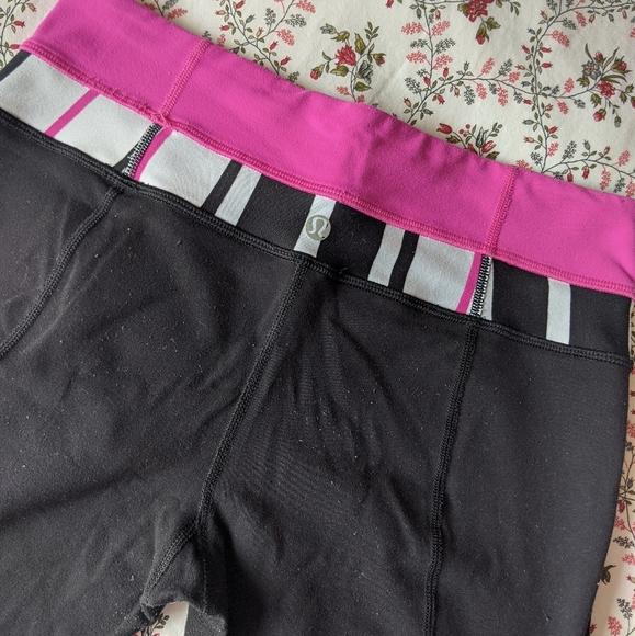 Lululemon black/pink workout leggings yoga pants